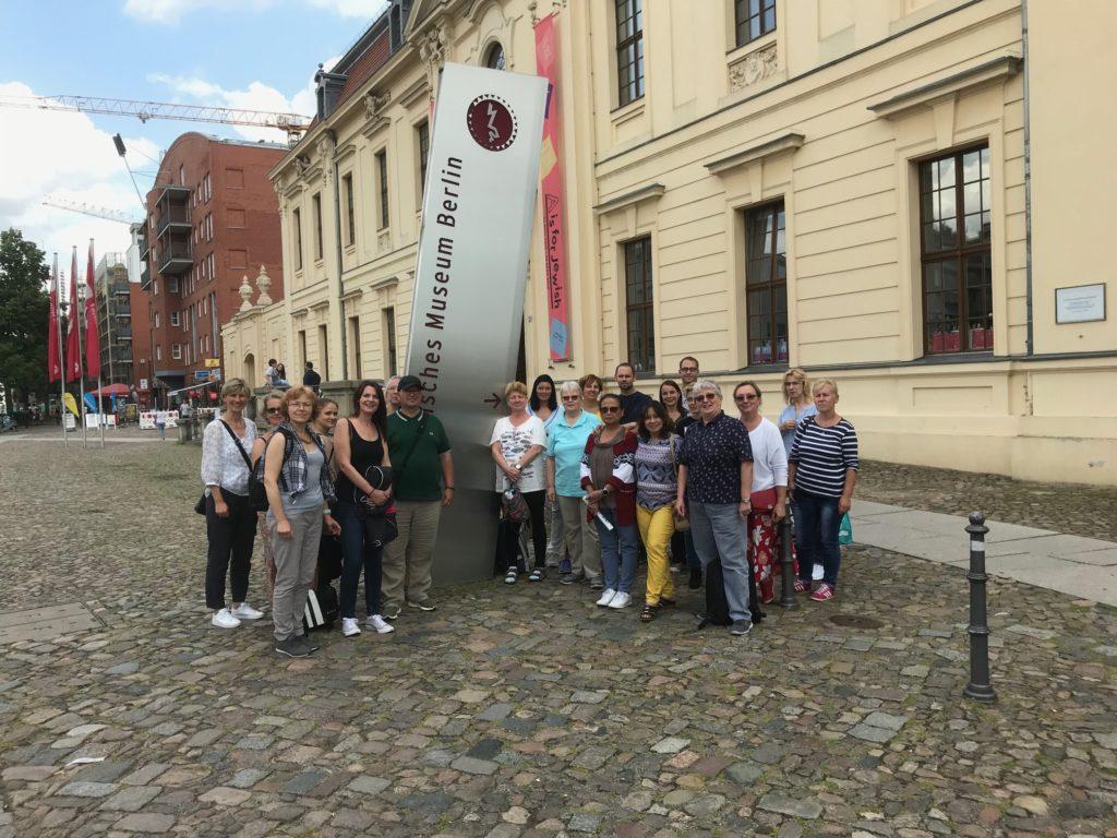 """Bildungsurlaub """"Suggestive Beeinflussung des Menschen in der NS-Zeit"""" in Berlin"""